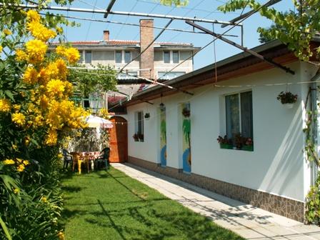 Квартири Славей Павел баня