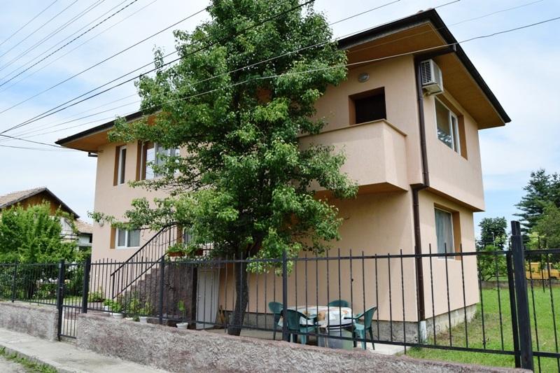 Самостоятелна луксозна къща в Павел баня - МАРИАНА