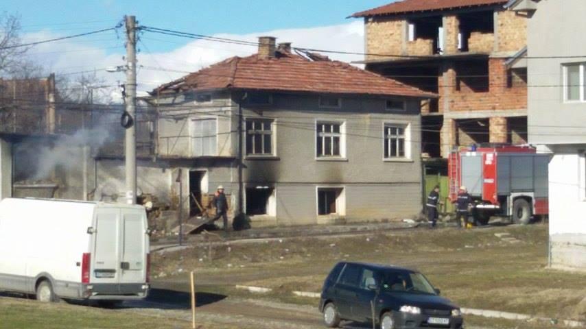 Пожар горя в къща в Павел баня Публикувано в Pavelbanya.eu