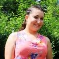 Таня Георгиева – с. Горно Сахране - Претендентка за 'Царица роза – Павел баня 2015' Публикувано в Pavelbanya.eu.