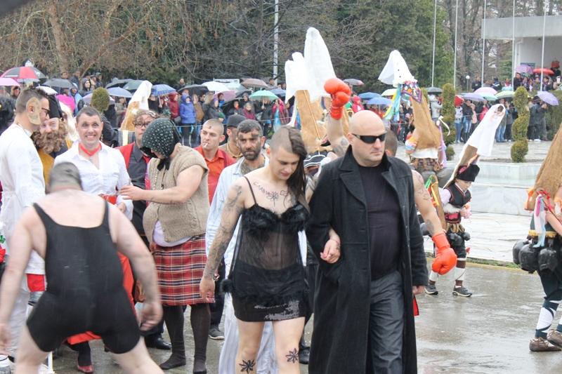 ''Слави Трифонов'' на карнавала в Павел баня Публикувано в Pavelbanya.eu